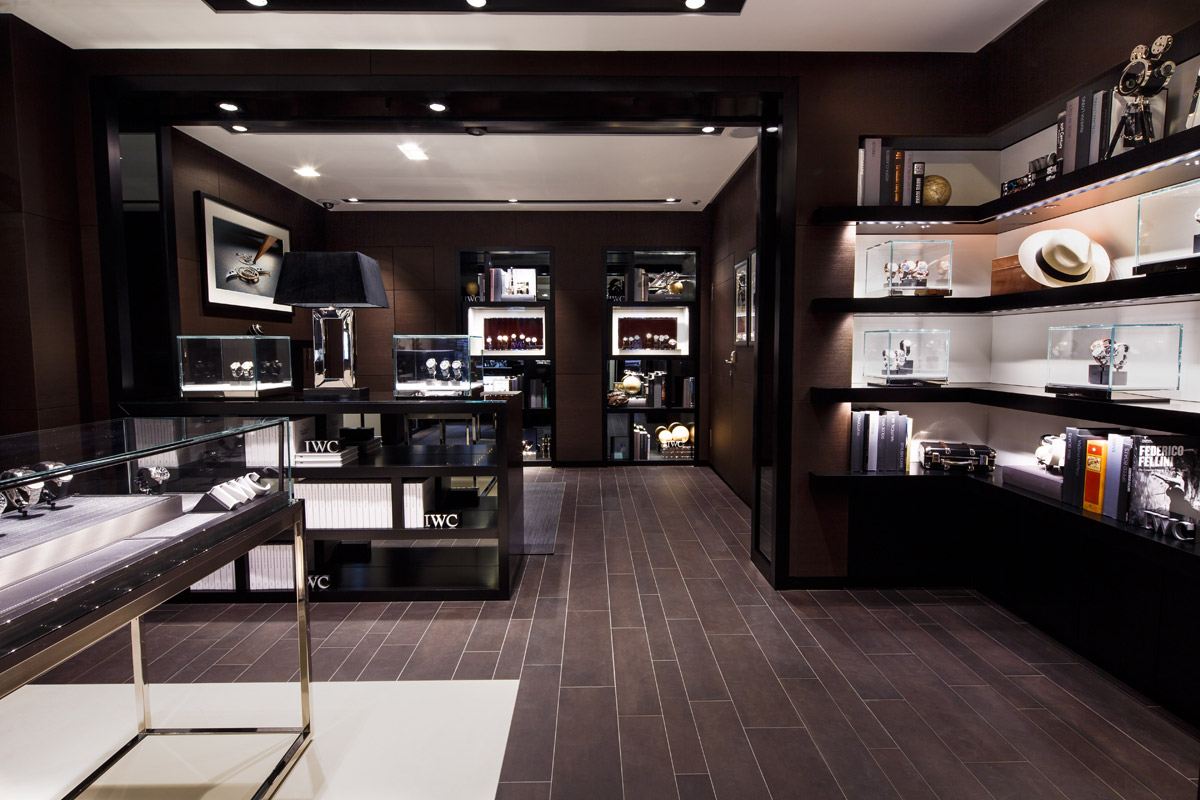 Iwc boutique amsterdam opens its doors at the luxury half for Luxury boutique