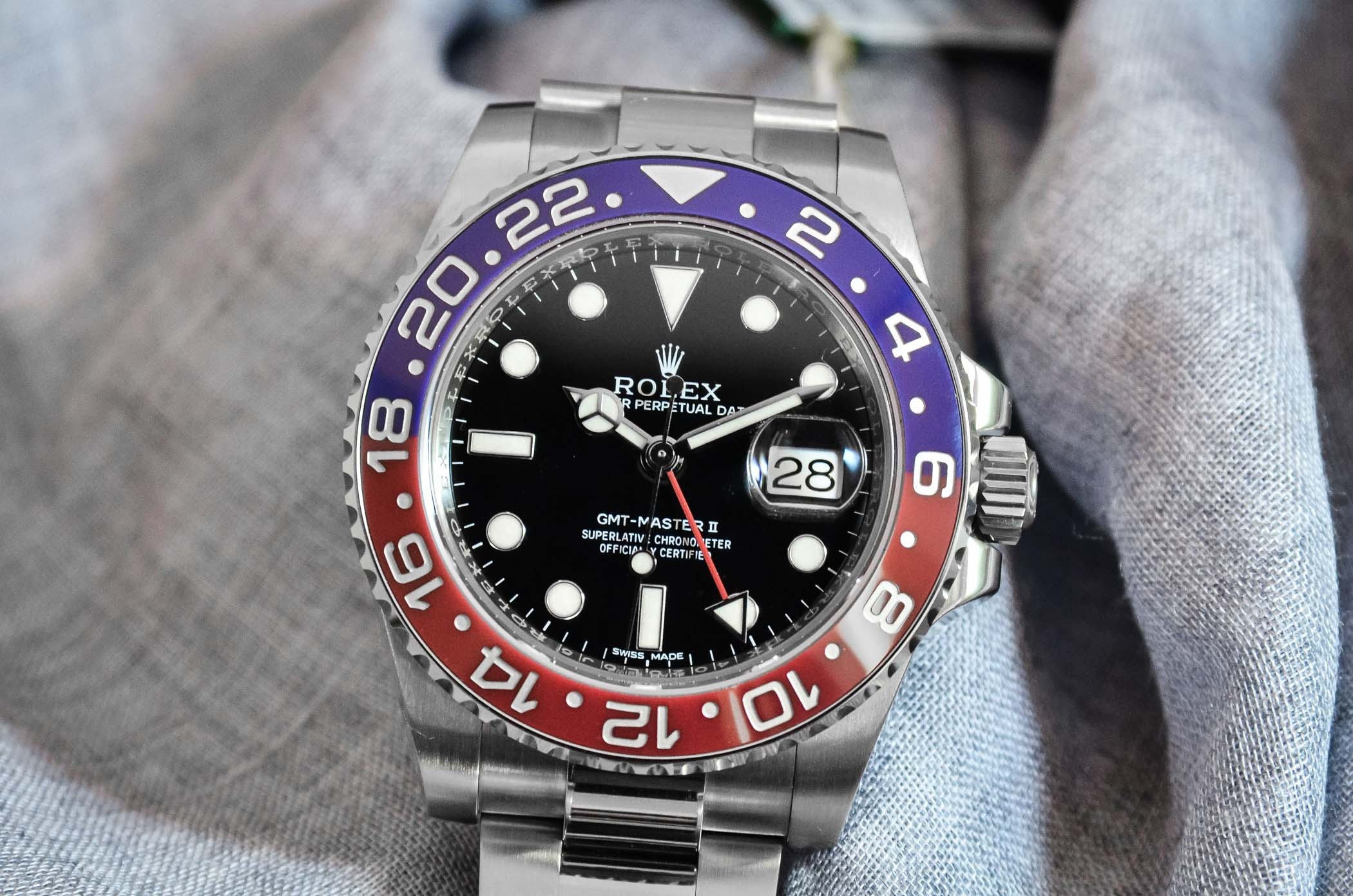 Introducing the rolex gmt master ii pepsi ref 116719blro monochrome watches for Rolex gmt master