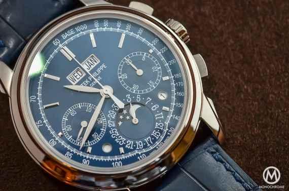 Patek Philippe 5270G Chronograph Perpetual Calendar Blue - 1