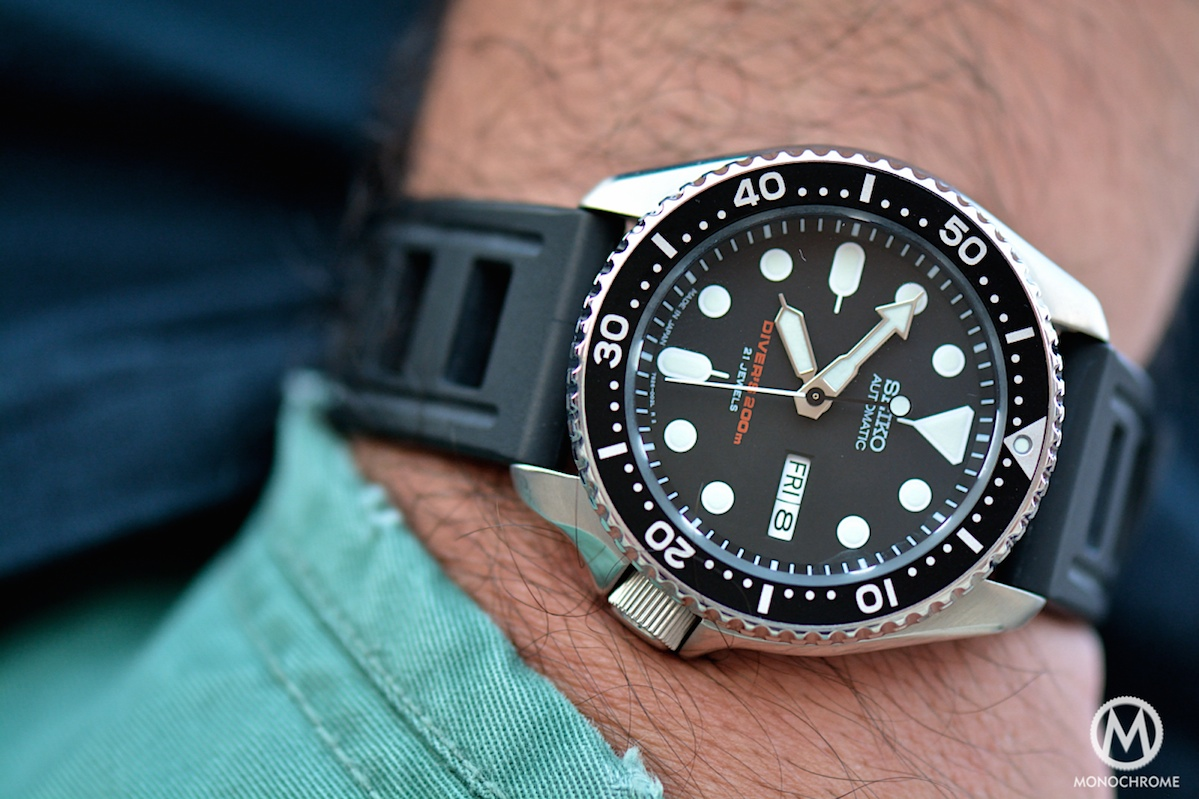 the seiko skx007 and its family of seiko beater divers monochrome watches On seiko skx007