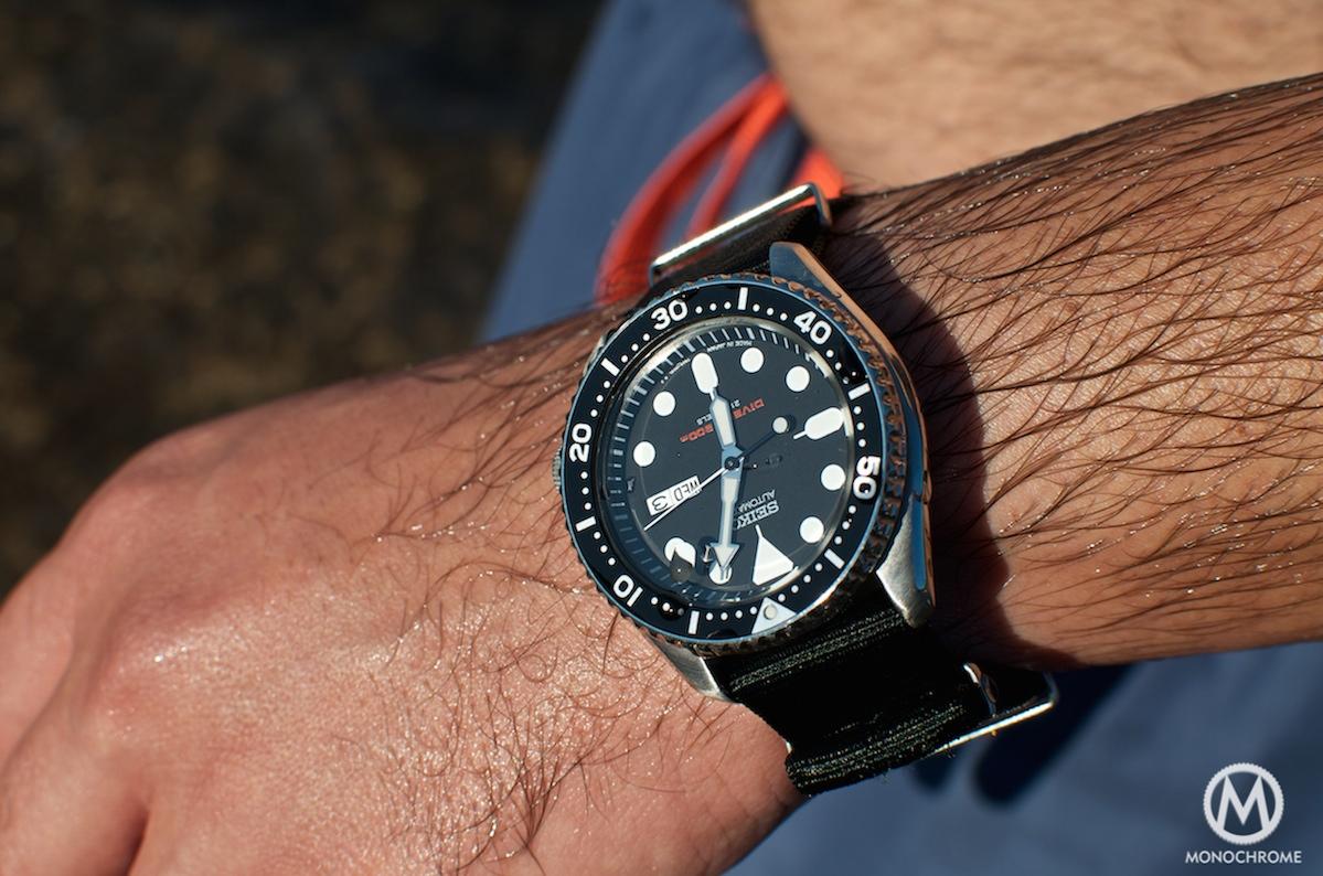 Seiko SKX-007 - 9 - Monochrome Watches