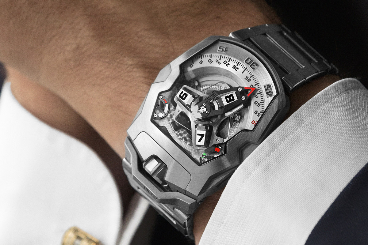 Introducing the URWERK UR-210S Full Metal Jacket, now on metallic bracelet – Live photos, specs and price