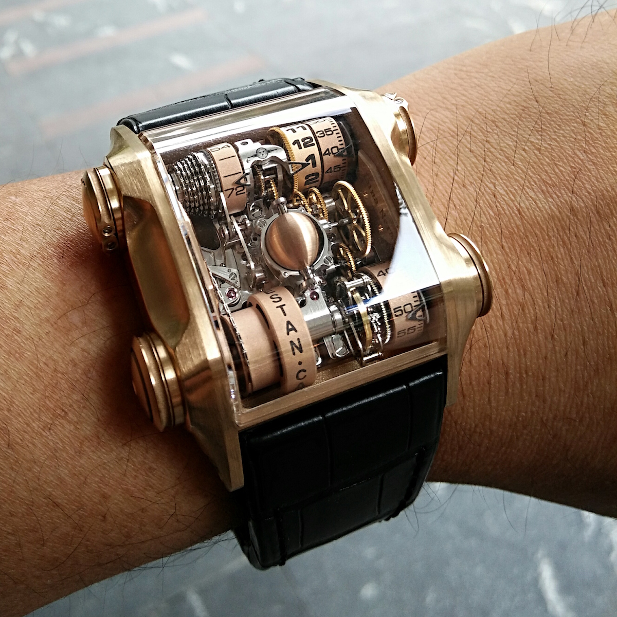 winch vertical spotlight tourbillon rusted cwtbr watches blog cabestan