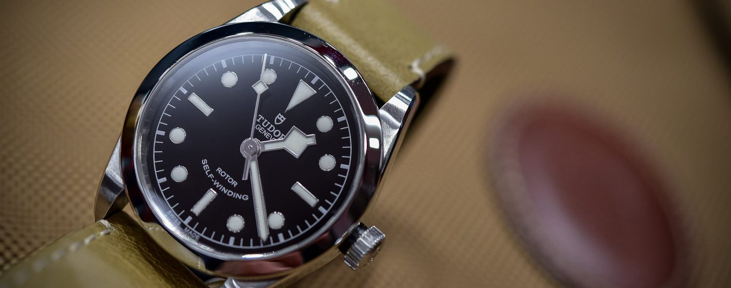 Hands on tudor heritage black bay 36mm ref 79500 the - Tudor dive watch price ...