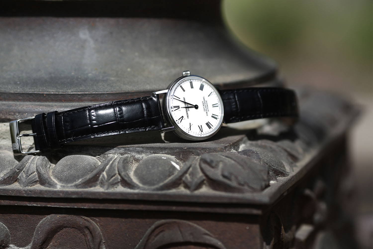 Introducing – The Frederique Constant Classics Art of Porcelain, or the affordable way to have a hand-made porcelain dial (specs & price)