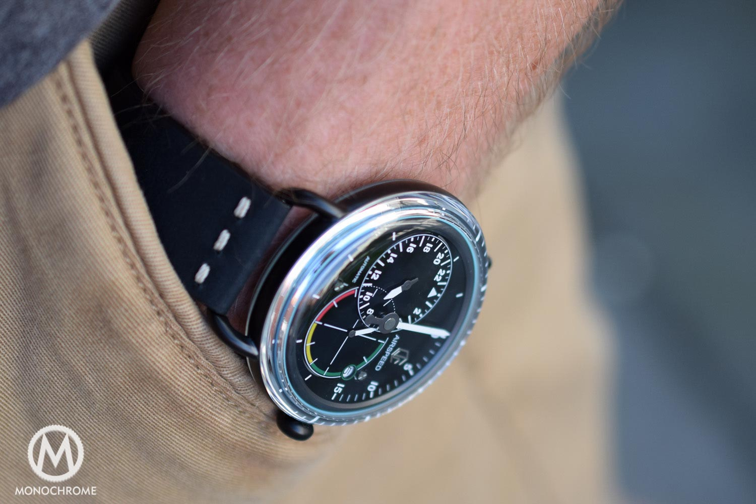 GIVE AWAY: CJR Watches Airspeed Black