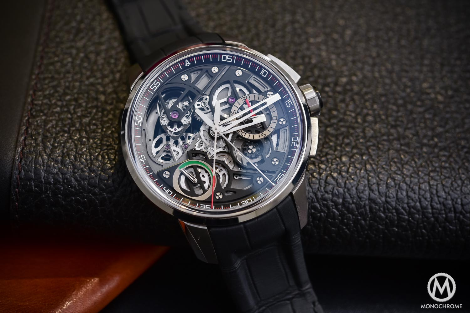 Hands-on with the Hyper-Technical Angelus U30 Tourbillon ...