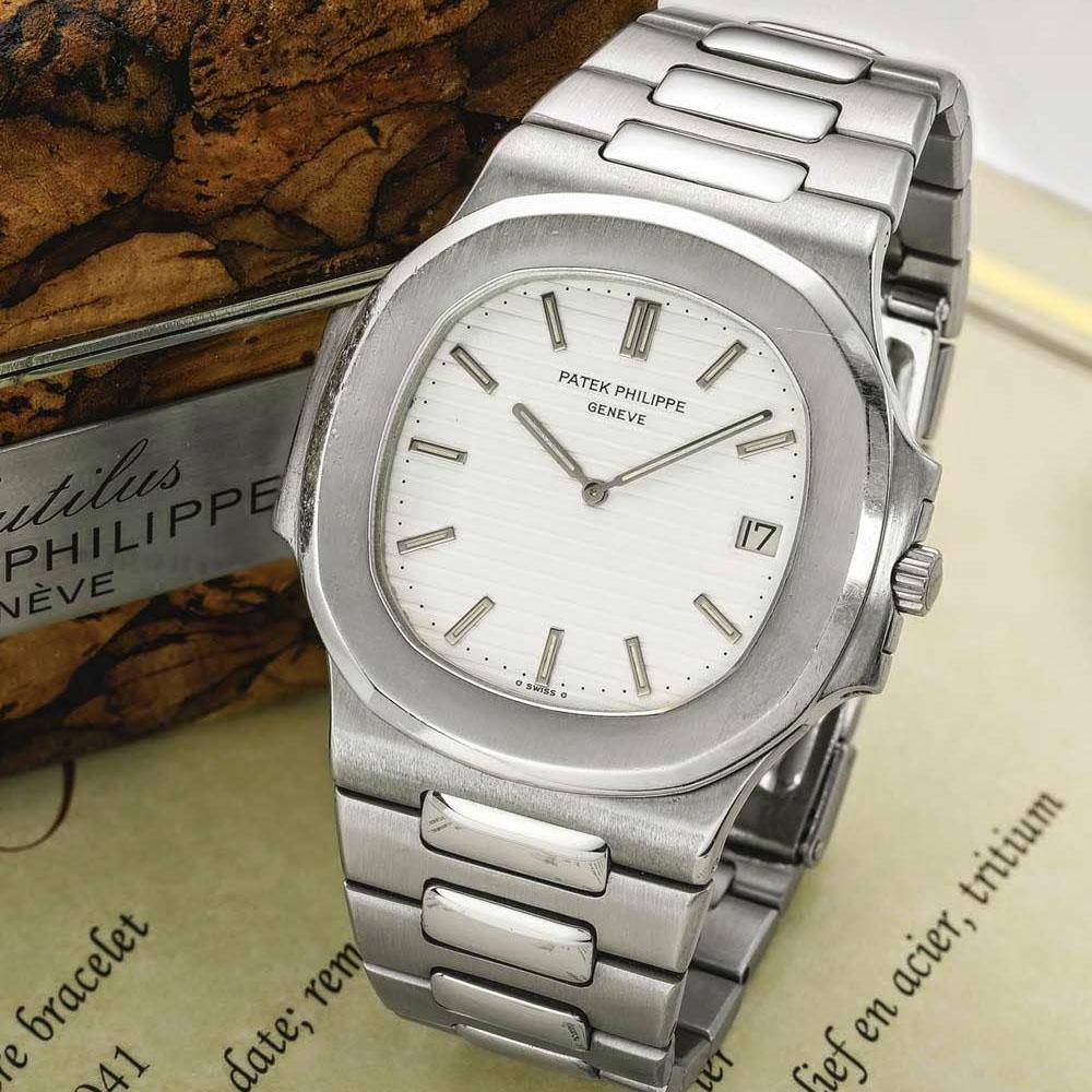 patek-nautilus-3700-albino-white-dial-steel-prototype-1978-patek-philippe-nautilus-history