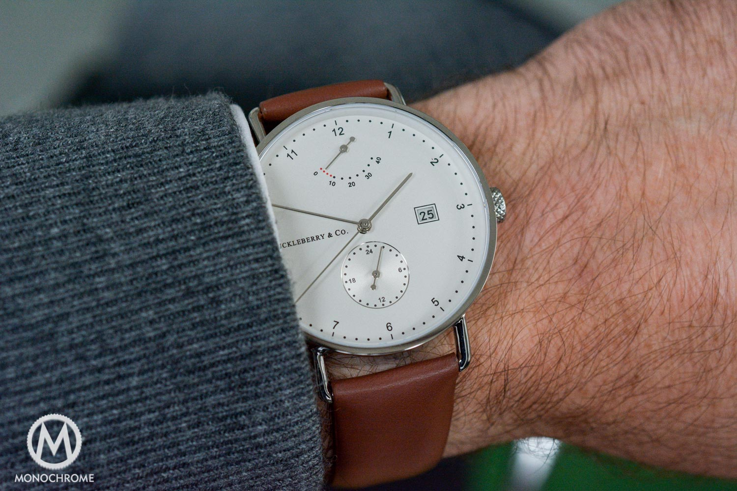 simplistic strap with facecloseup classic first linjer tan review the tanstrap watch impressions watches