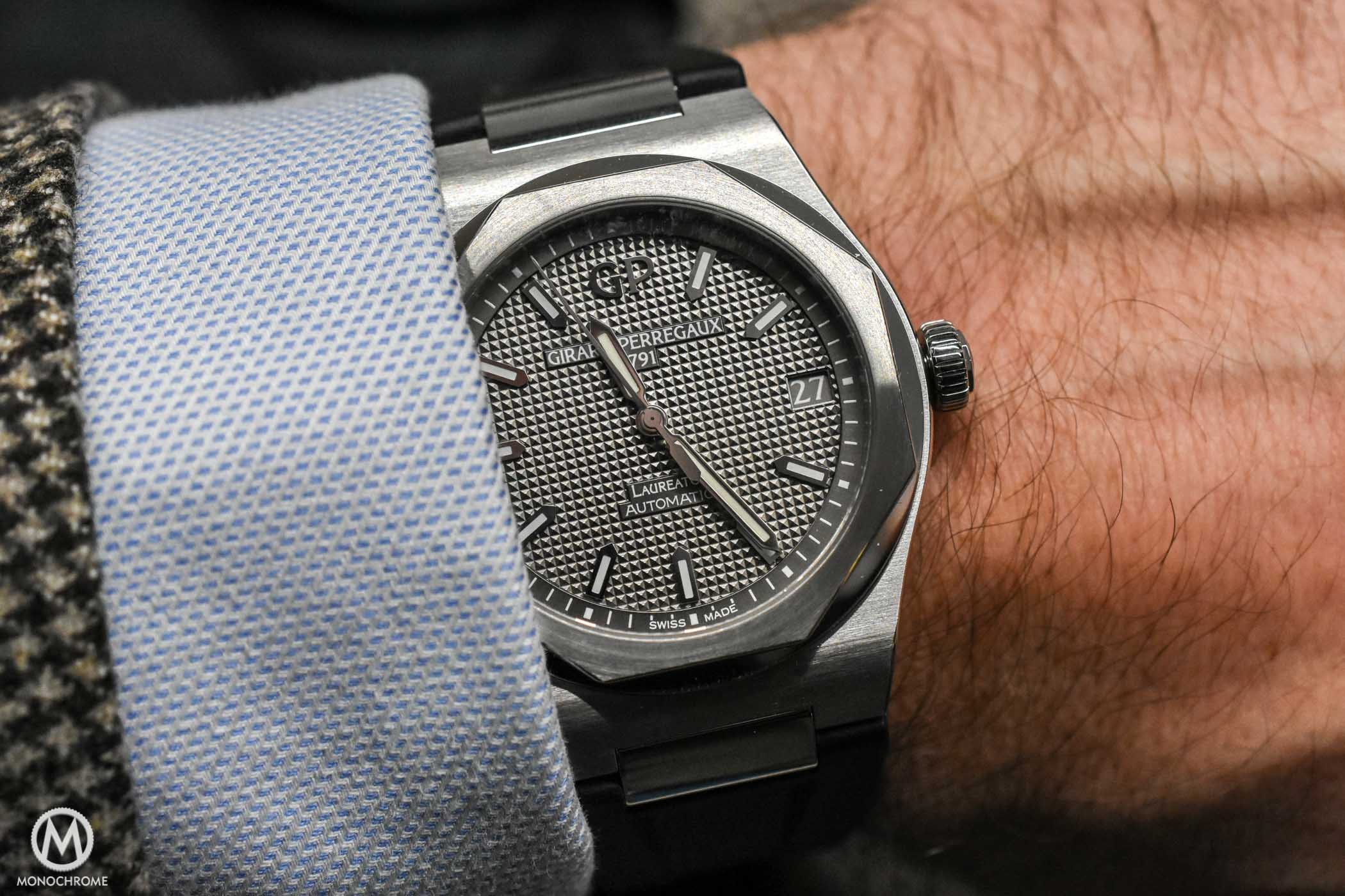 Live From Sihh 2017 The New Girard Perregaux Laureato
