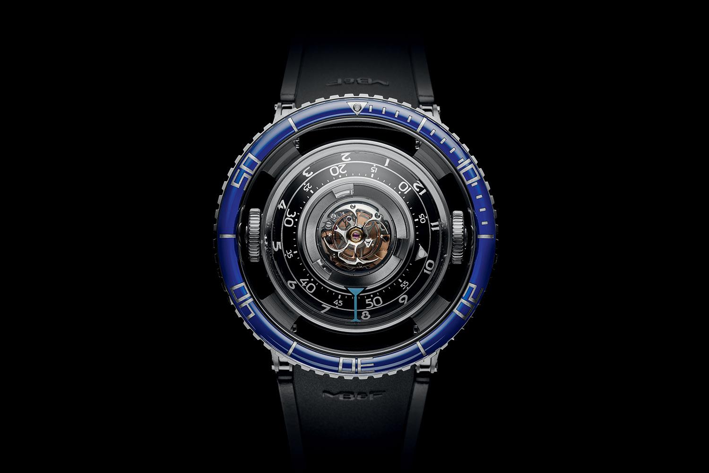 montres de + de 1000 euros - Page 42 MBandF-Horological-Machine-7-HM7-Aquapod-SIHH-2017-2