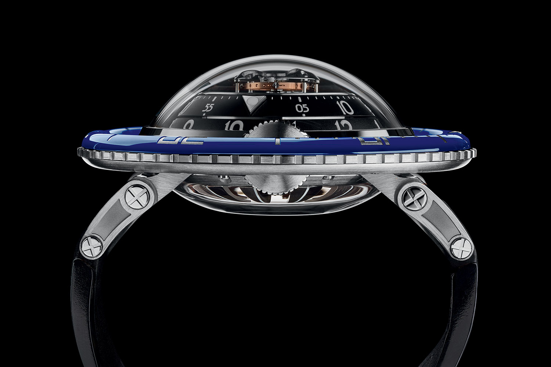 montres de + de 1000 euros - Page 42 MBandF-Horological-Machine-7-HM7-Aquapod-SIHH-2017-6