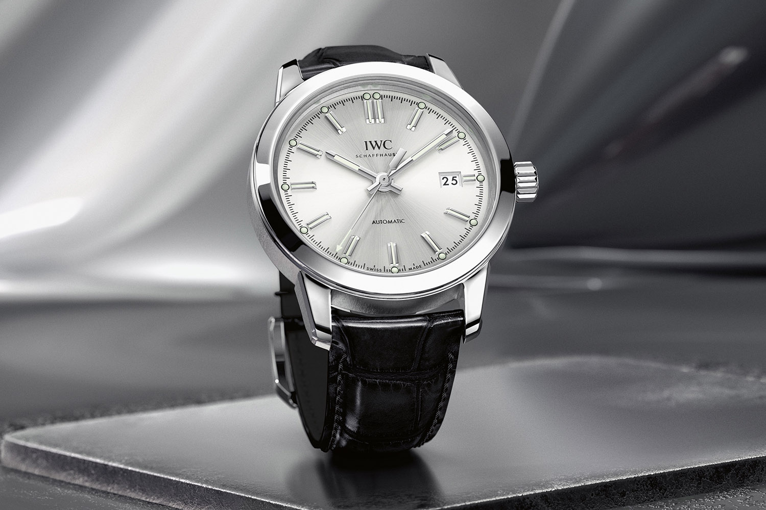 IWC Ingenieur Automatic 2017 collection vintage IW357001