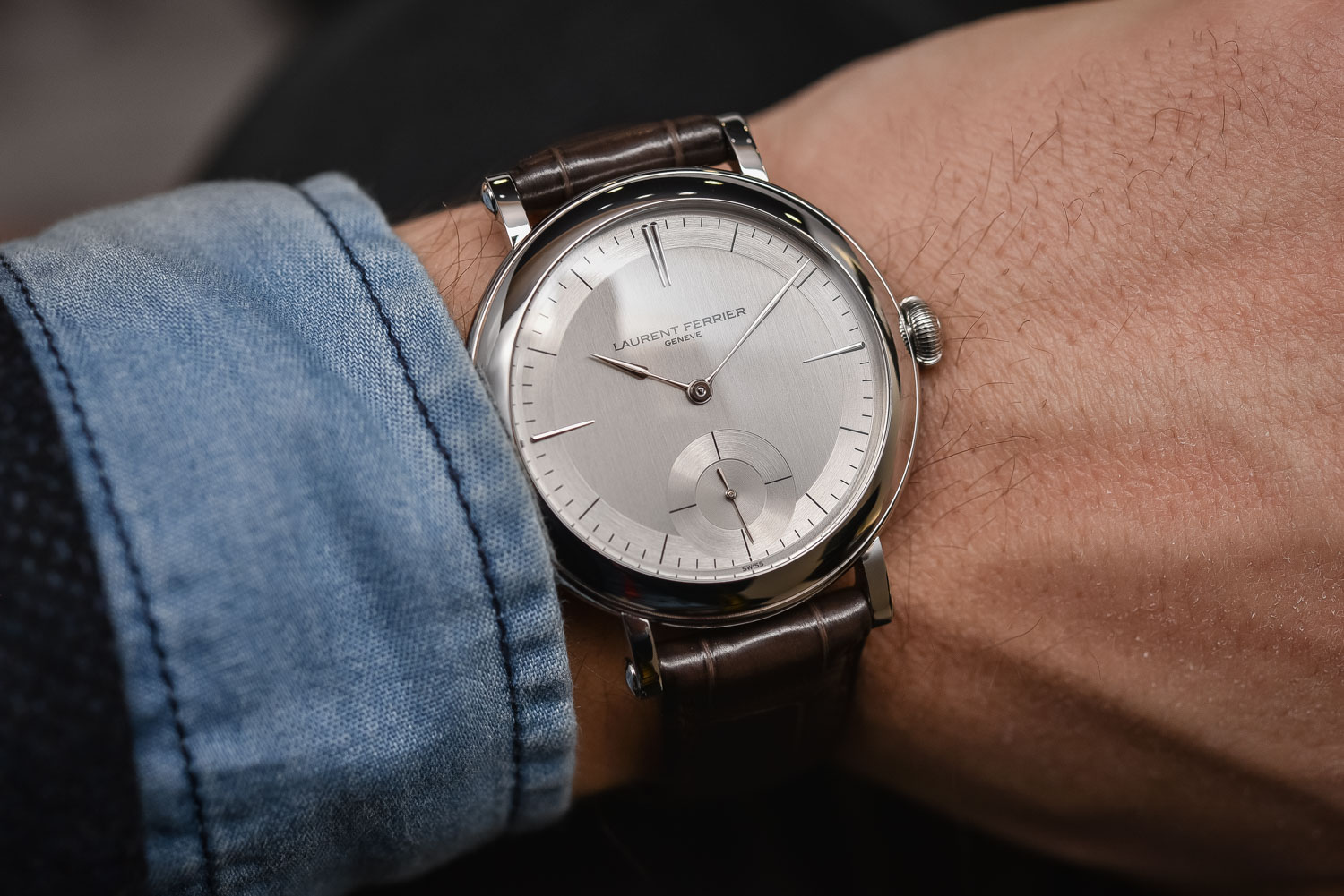 """Elegance in Purity – Up Close & Personal with The Laurent Ferrier Galet Micro-Rotor """"Montre Ecole"""""""