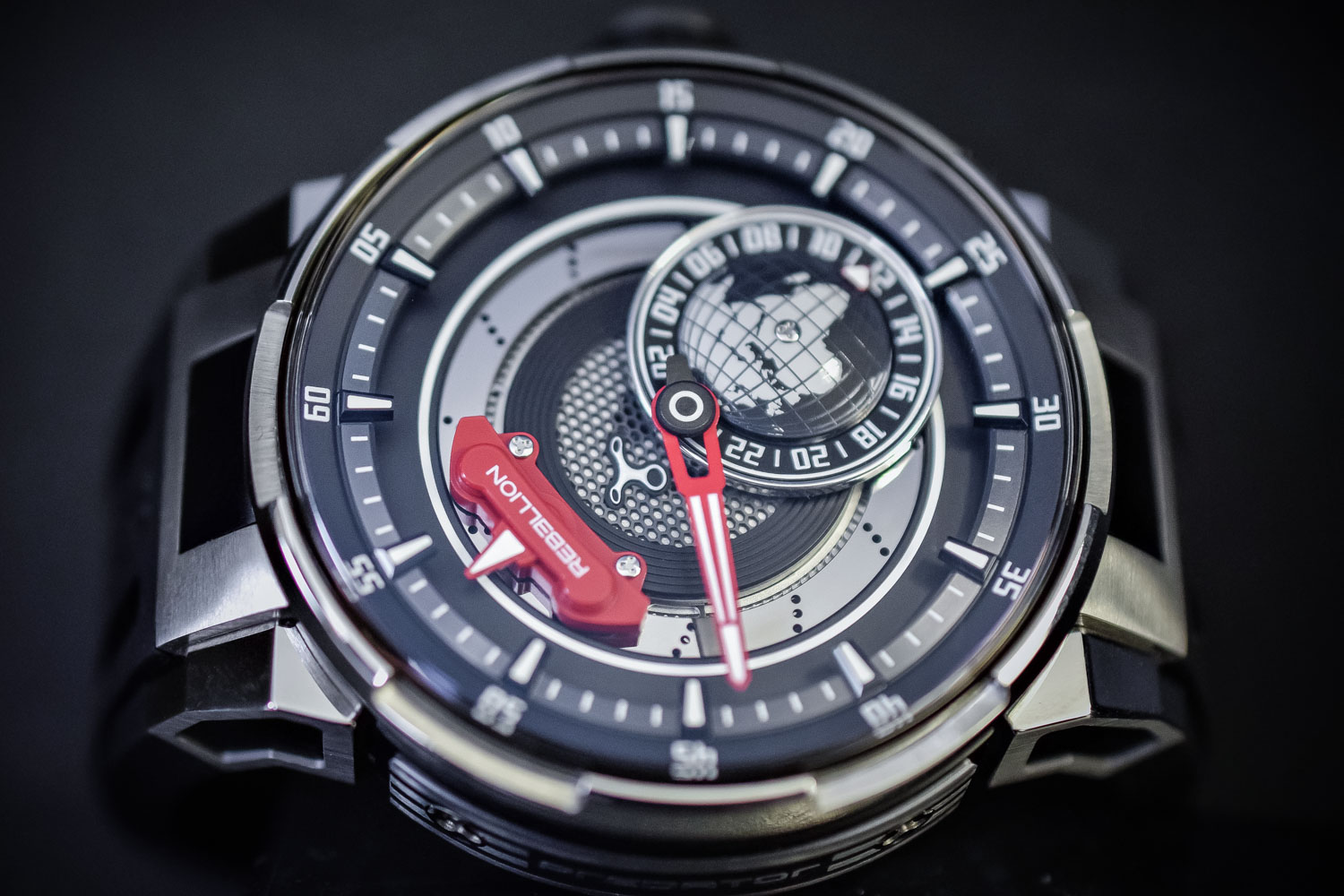 Rebellion Predator 2.0 GMT