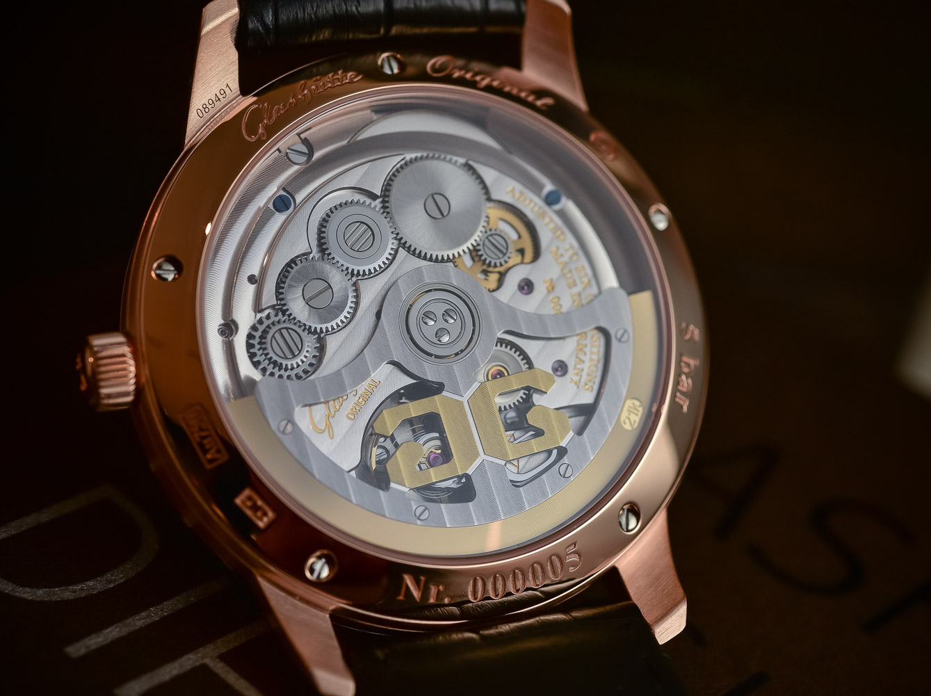 5 High End Watches Made In Germany Germans Do It Better Emblem Plat D Deutschland Jerman 323 Mm Diameter The Caliber 36 Features Traditional German Design Elements Such As Its Three Quarter Plate Glashtte Striping And Blue Screws Visible