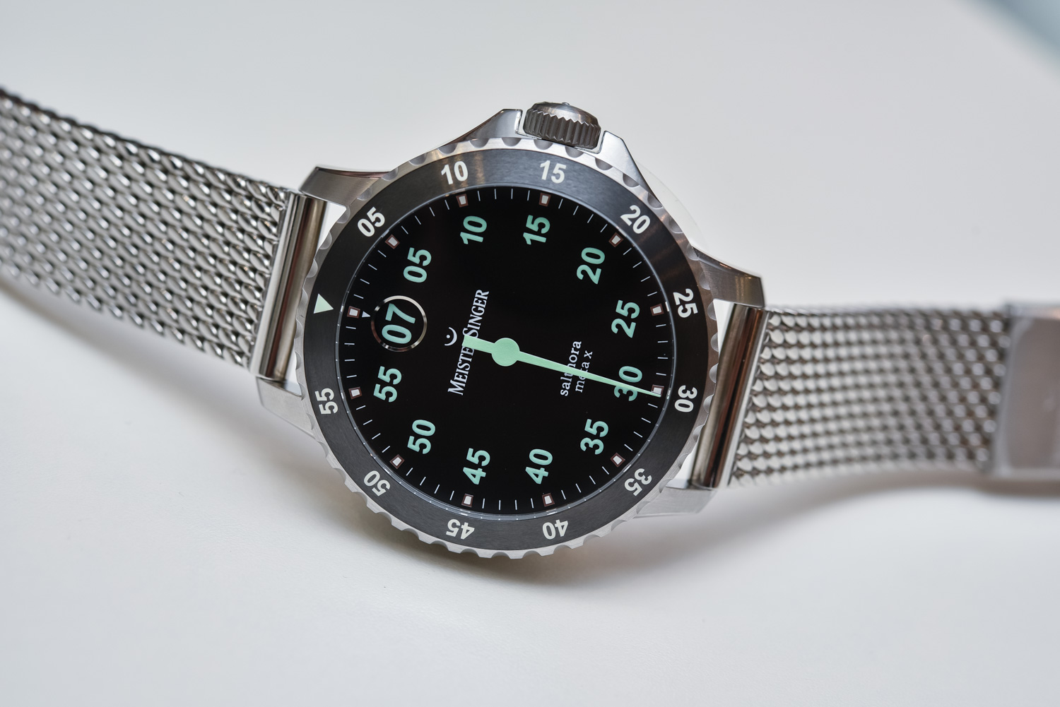 MeisterSinger Salthora Meta X - Single-Hand Jumping Hour Dive Watch