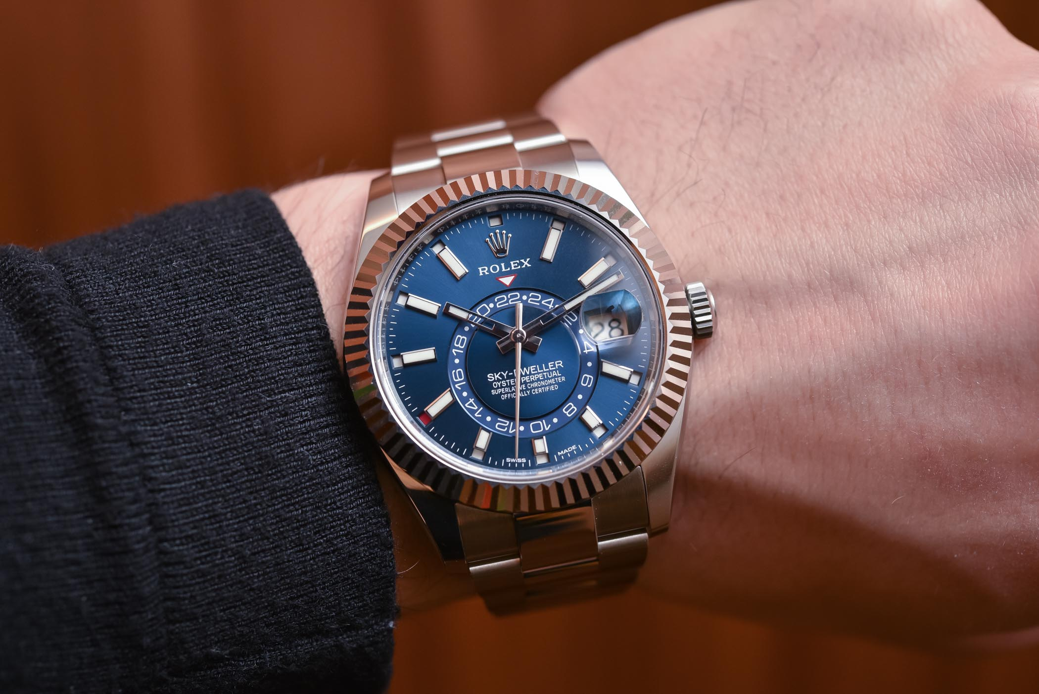 Rolex Sky Dweller Steel 326934 Amp Two Tone 326933 Review