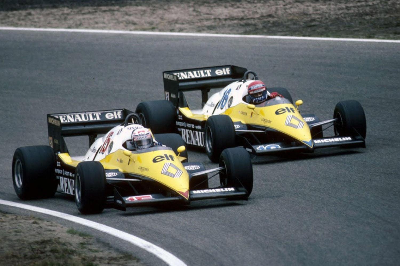 1983_Equipe_Renault_Elf_RE40_Alain_Prost_Eddie_Cheever_01