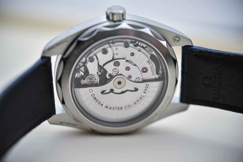 0bfadac00c9 The 2017 Omega Seamaster Aqua Terra Master Chronometer 41mm - Review ...