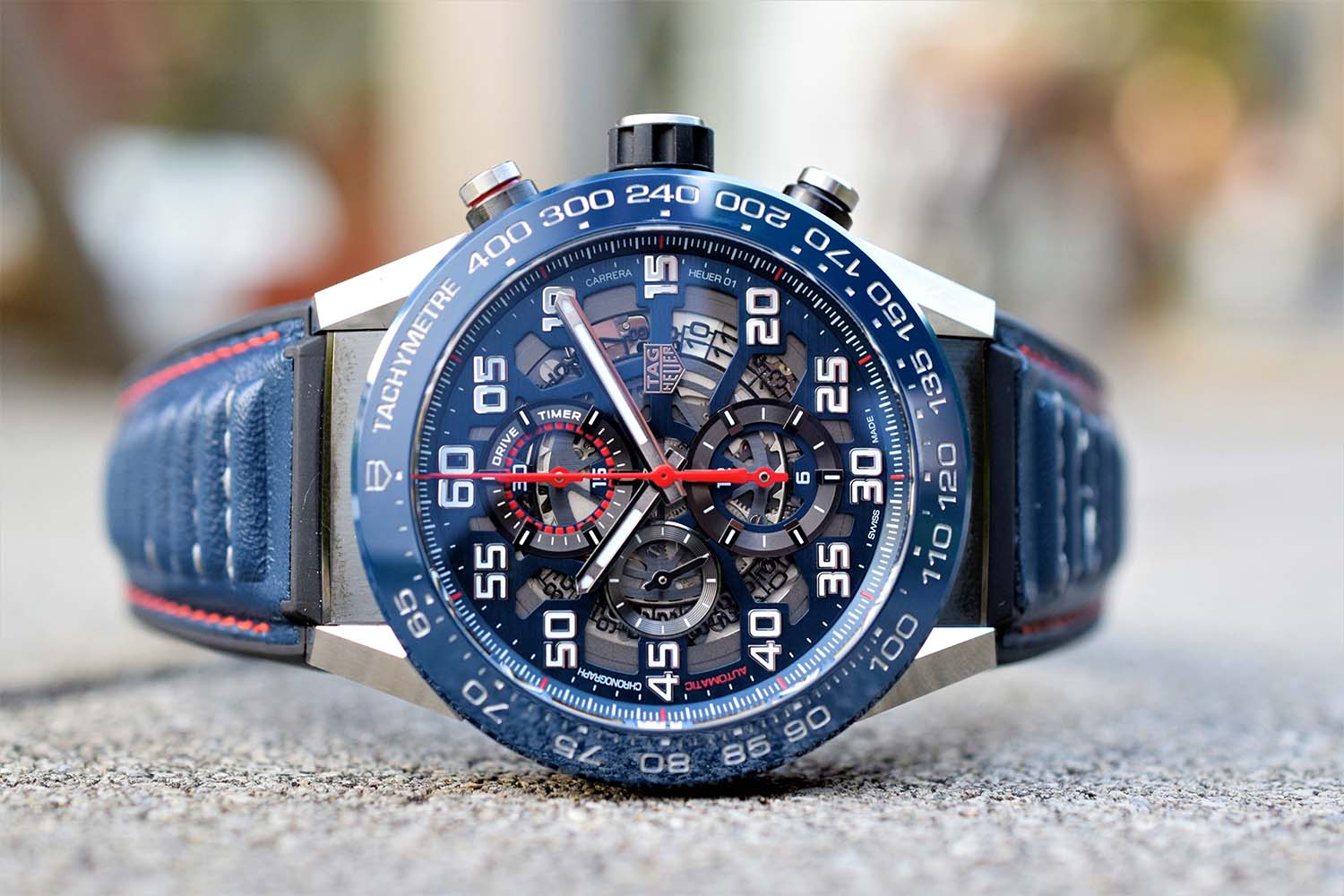 tag heuer carrera heuer01 red bull racing special edition. Black Bedroom Furniture Sets. Home Design Ideas