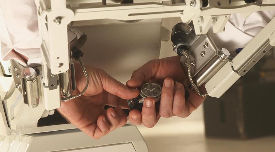 Omega Seamaster 300 master chronometer 007 Spectre - 2