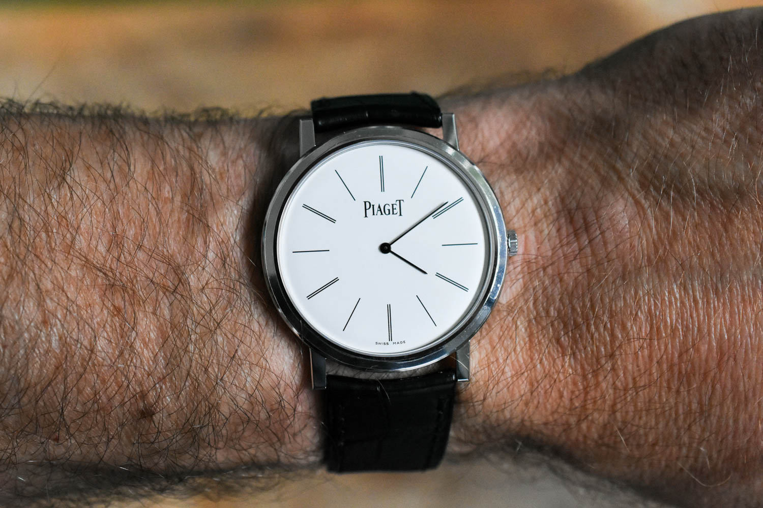Reviewing the Piaget Altiplano - the Perfect Hand-Wound Dress Watch