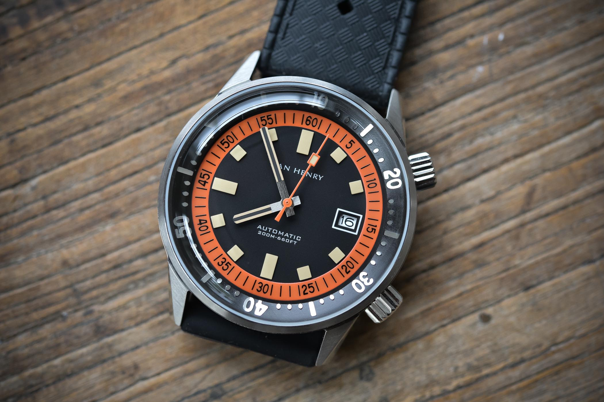 Value Proposition Review - Dan Henry 1970 Automatic Diver ...
