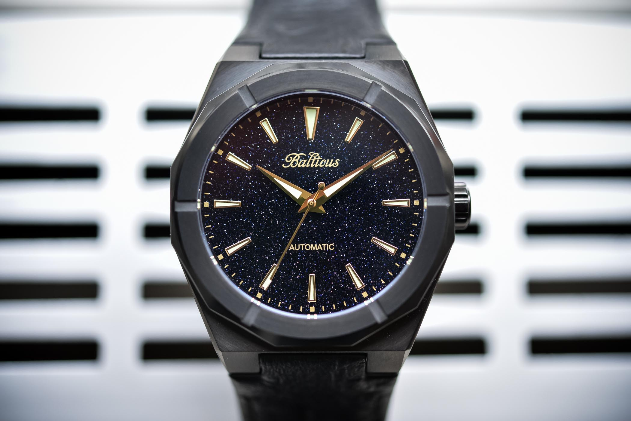 Balticus Watch Star Dust - Black Dust - Value Proposition