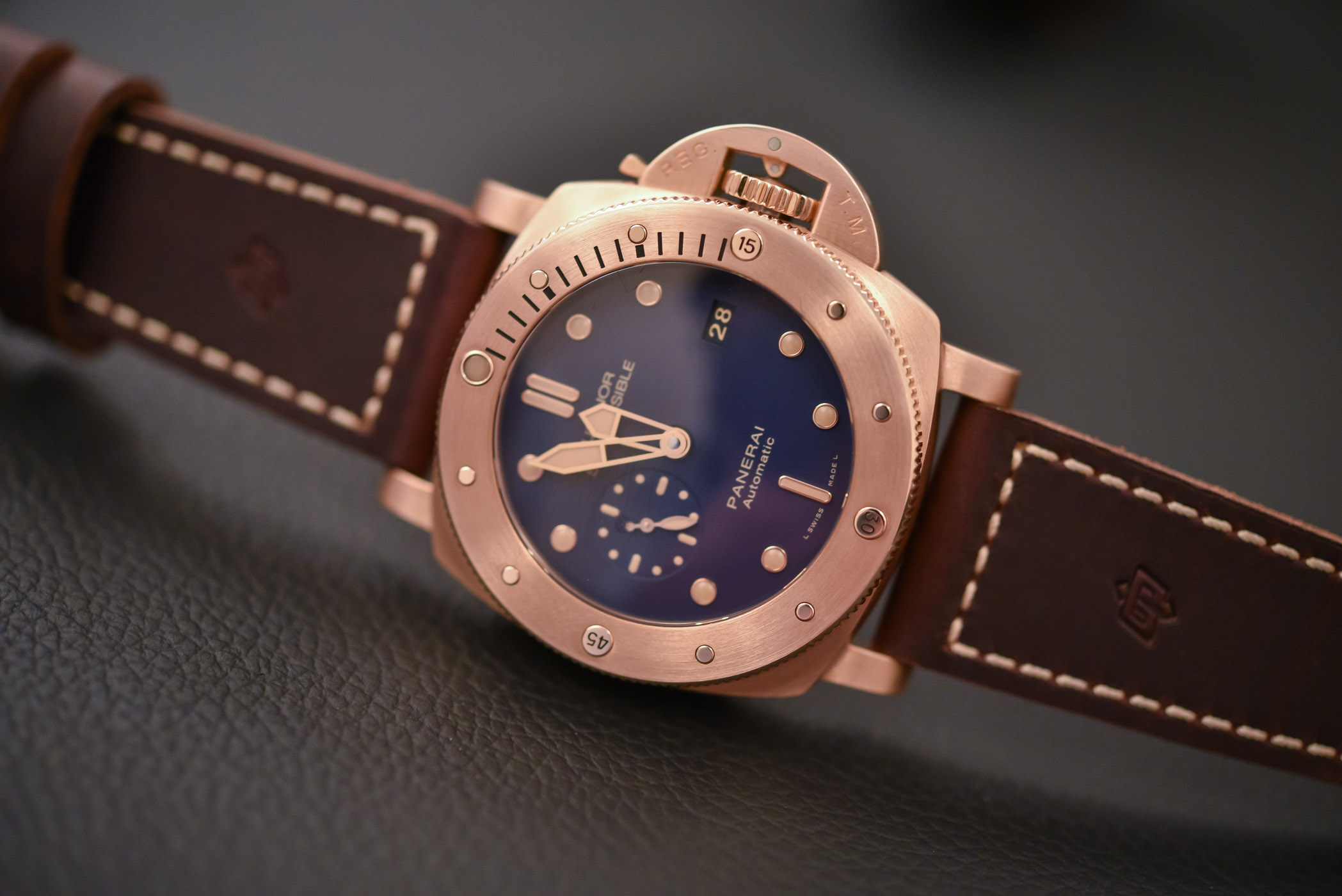 Buying Guide Bronze Watches - Panerai Submersible 1950 Bronzo PAM00671