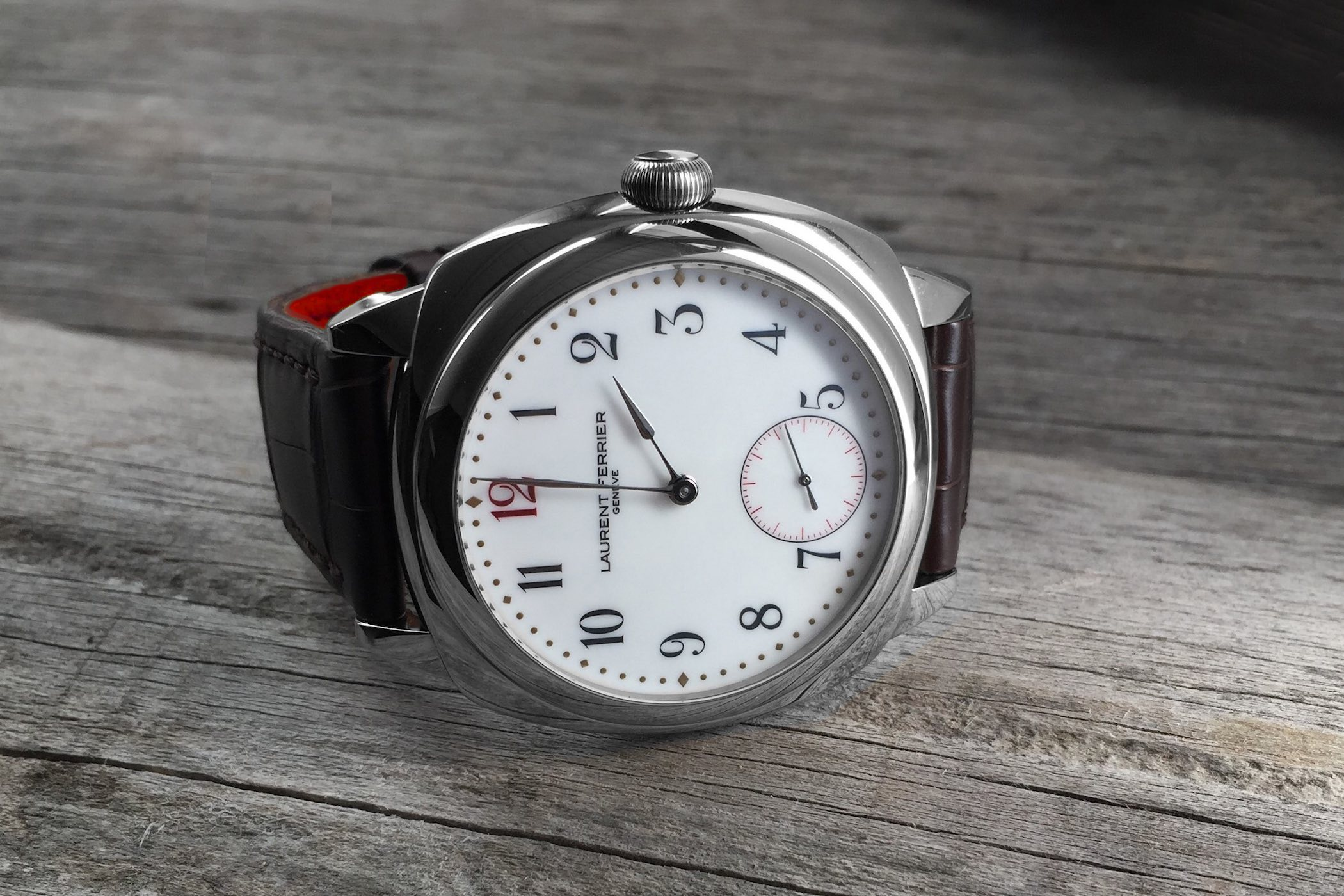 Buying Guide Cushion Watches - Laurent Ferrier Galet Square porcelain
