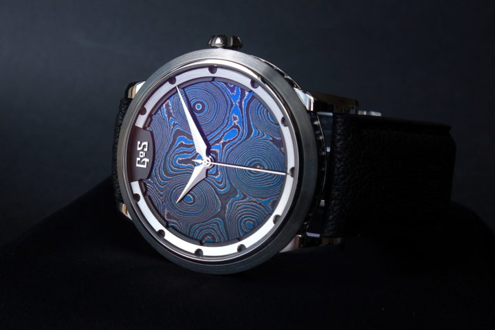 GoS Sarek Midnight Blue Damascus Steel dial