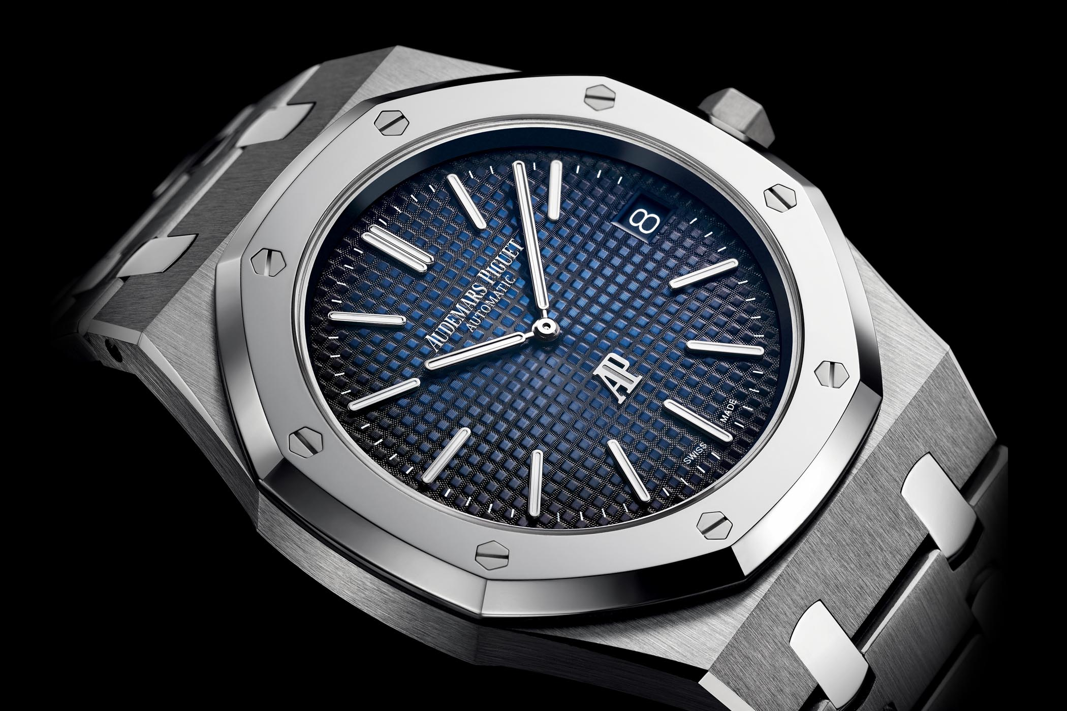 Introducing audemars piguet royal oak jumbo extra thin 15202ip titanium smoked blue dial for Audemars watches