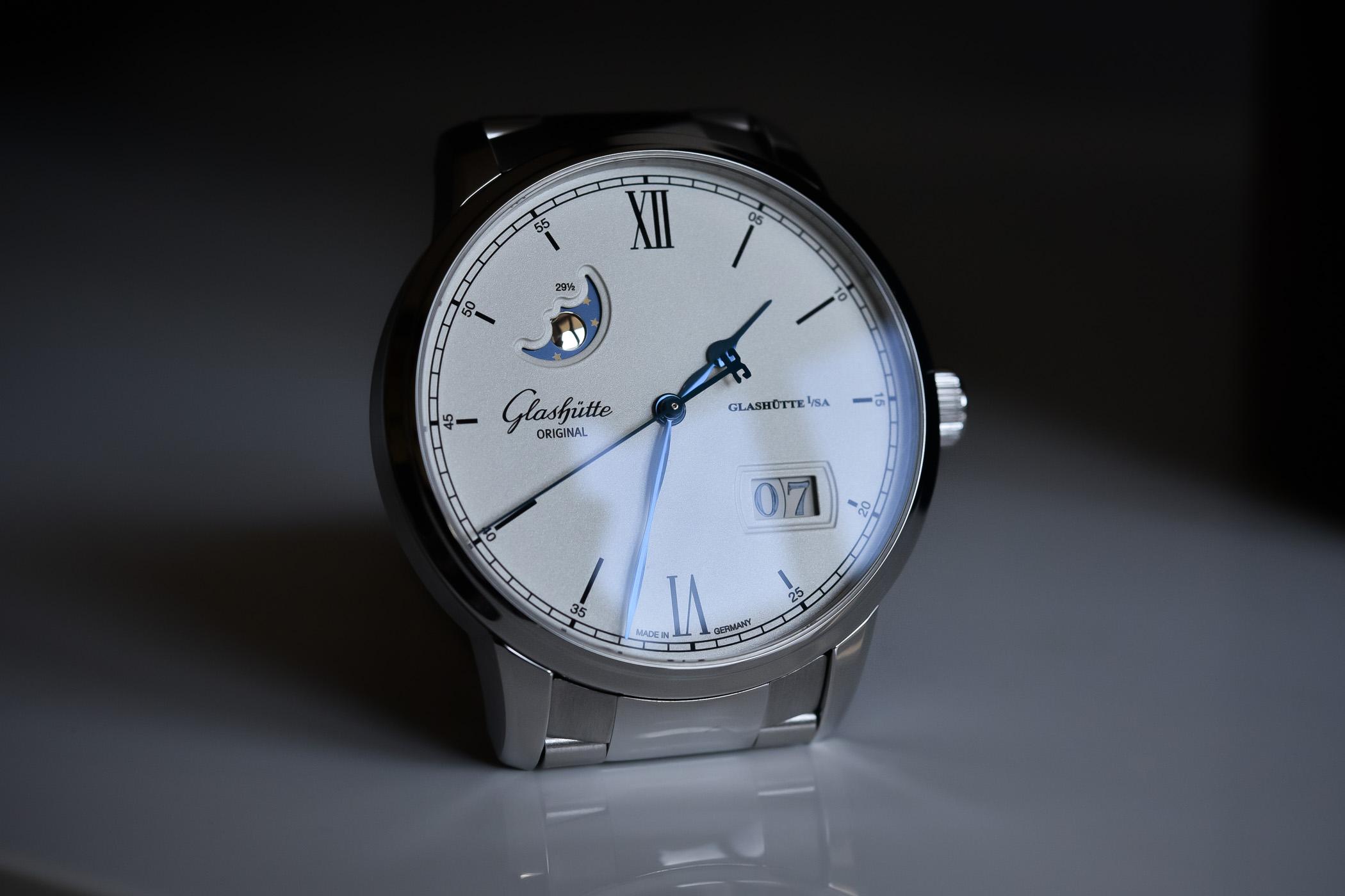 Glashutte Original Senator Excellence Panorama Date Moon Phase Steel bracelet 1-36-04-01-02-70