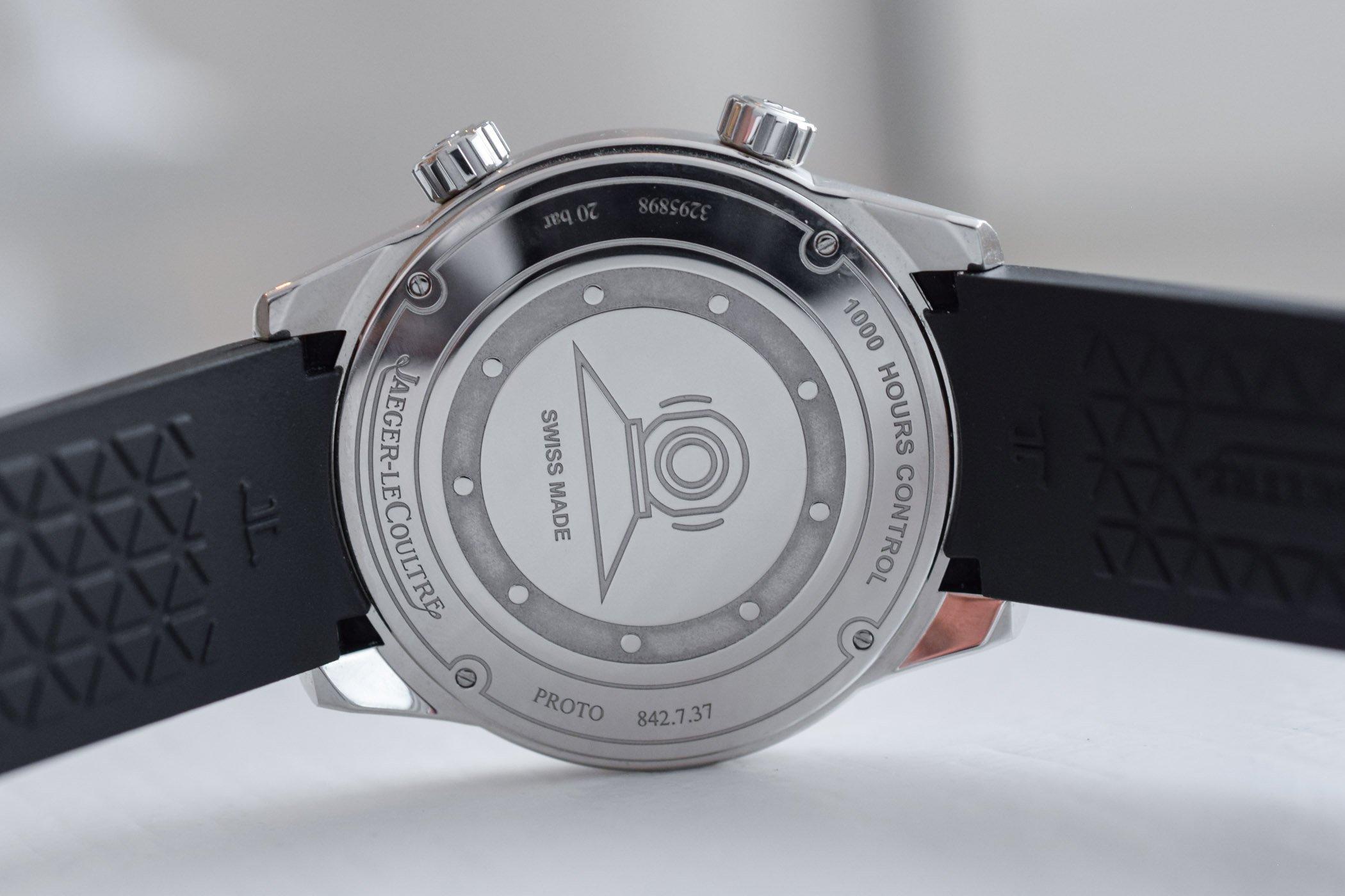Hands On Jaeger Lecoultre Polaris Date 2018 Ref 9068670
