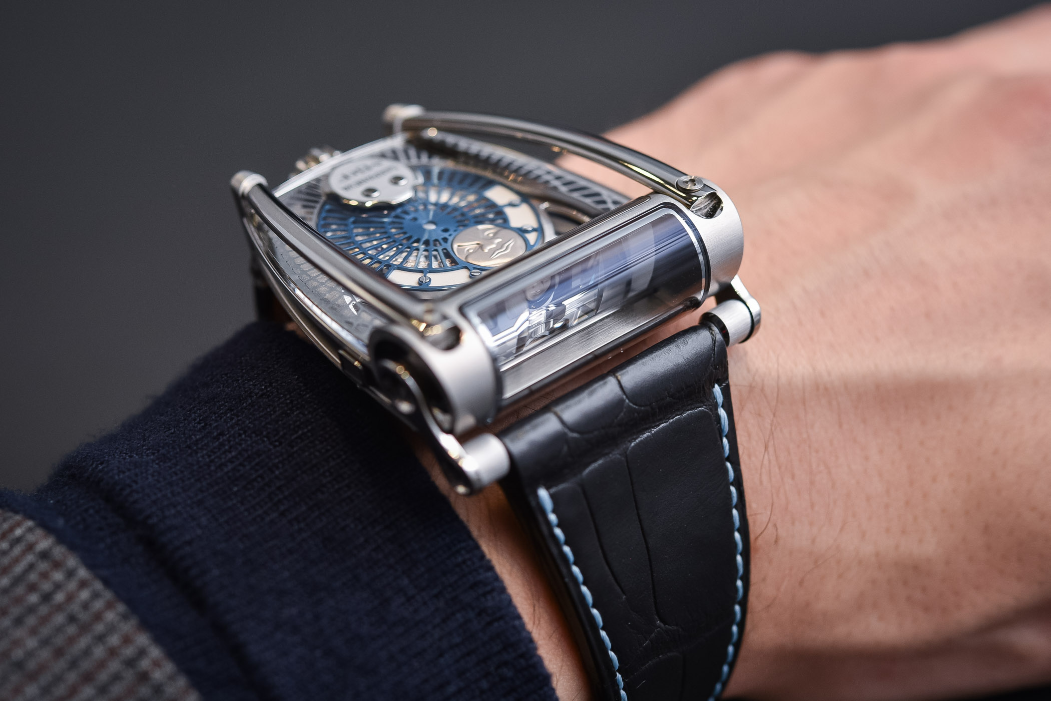 MB&F MoonMachine 2 Sarpaneva HM8 - SIHH 2018 review