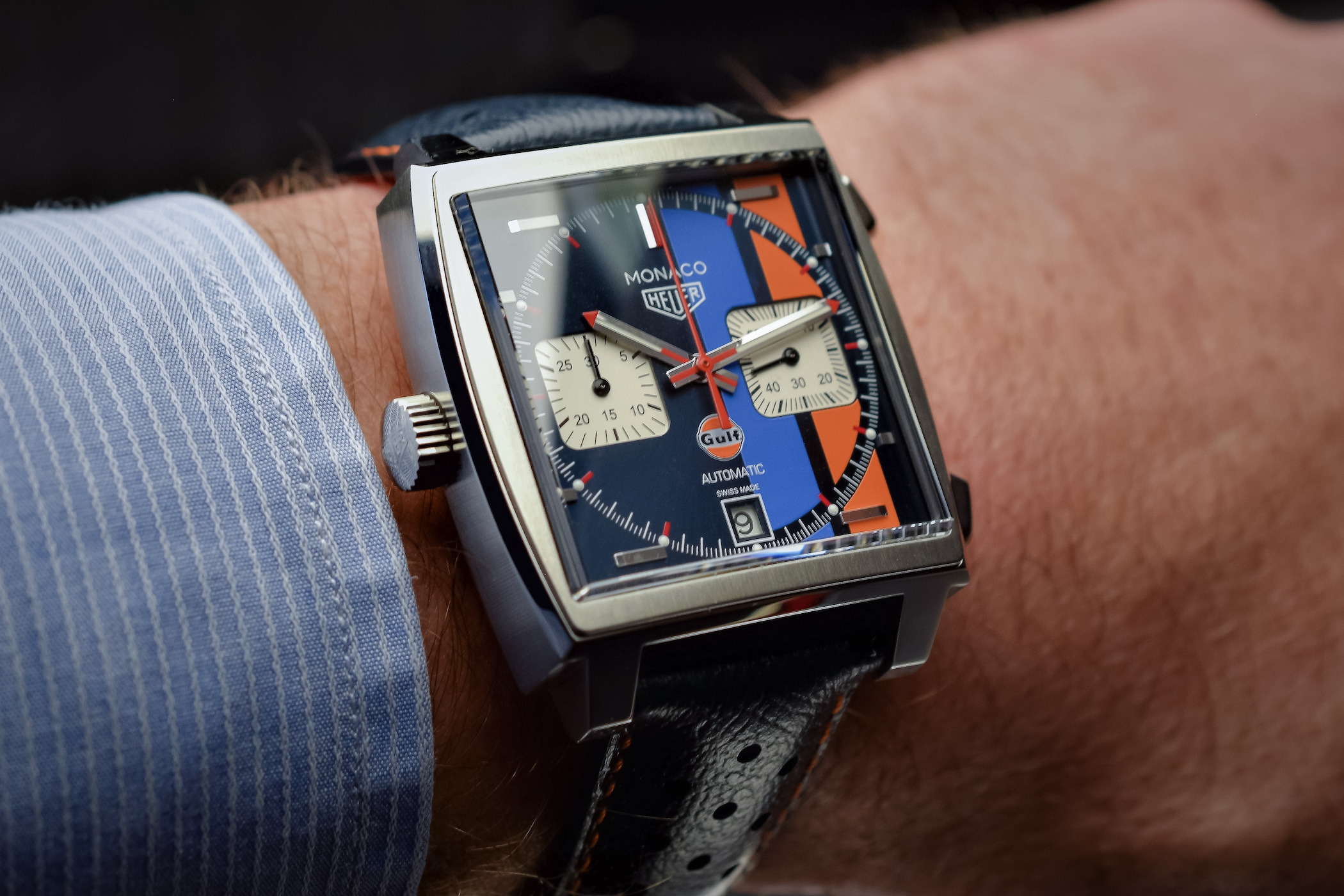 hands on tag heuer monaco gulf 2018 special edition. Black Bedroom Furniture Sets. Home Design Ideas