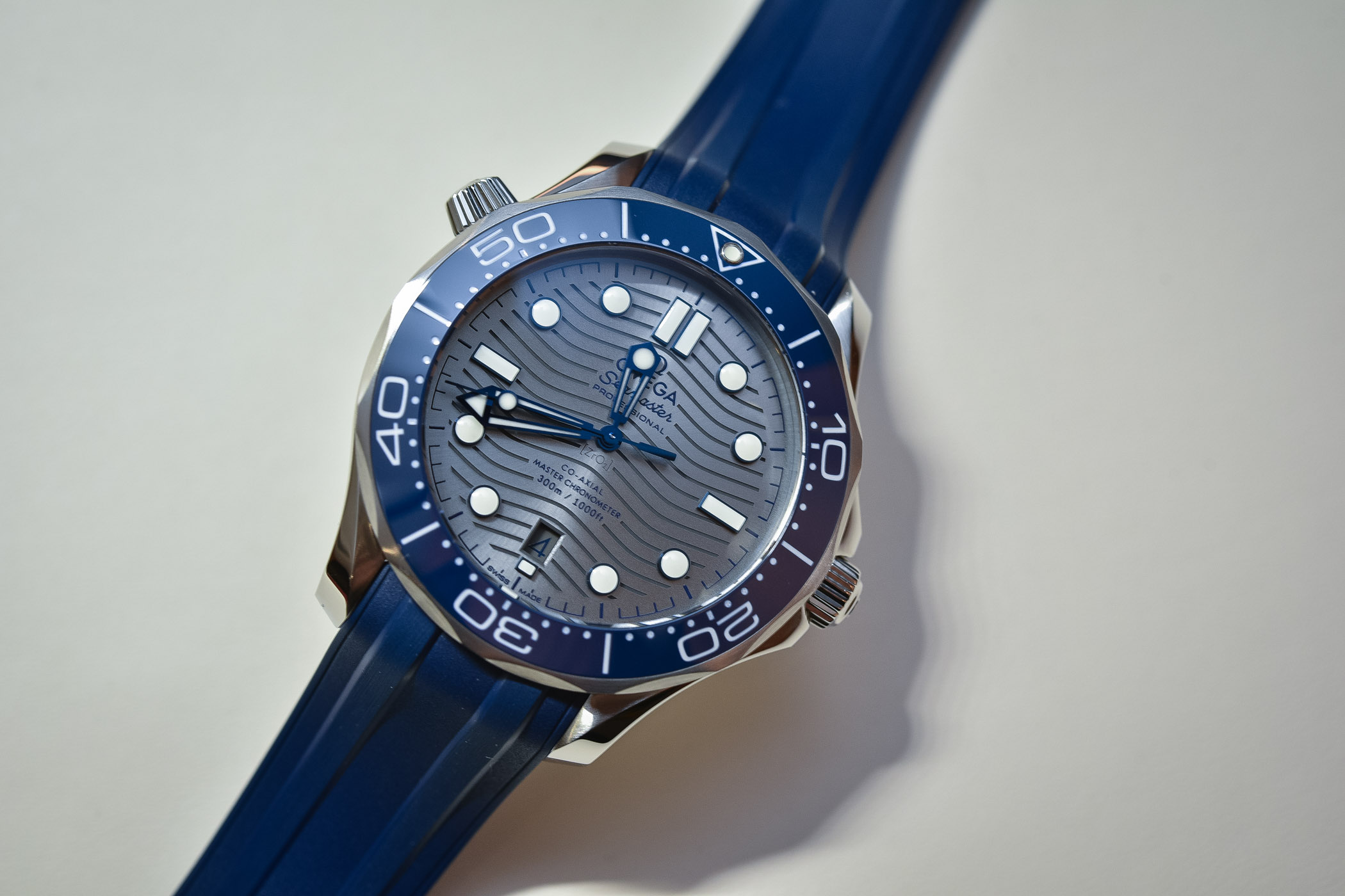 81a0fcb96bb Hands-On - Omega Seamaster Diver 300M Master Chronometer Baselworld ...