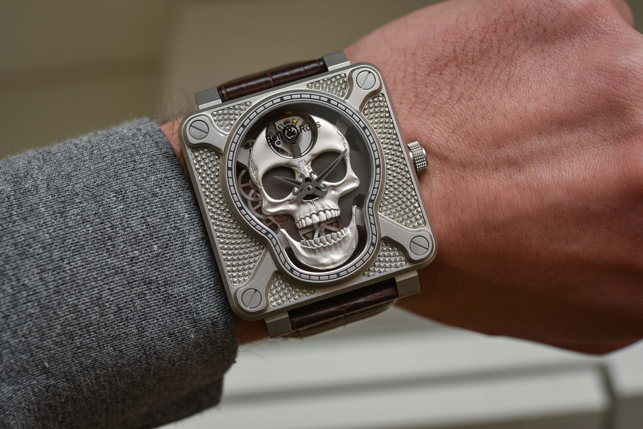 Bell-and-Ross-BR-01-Laughing-Skull-2.jpg