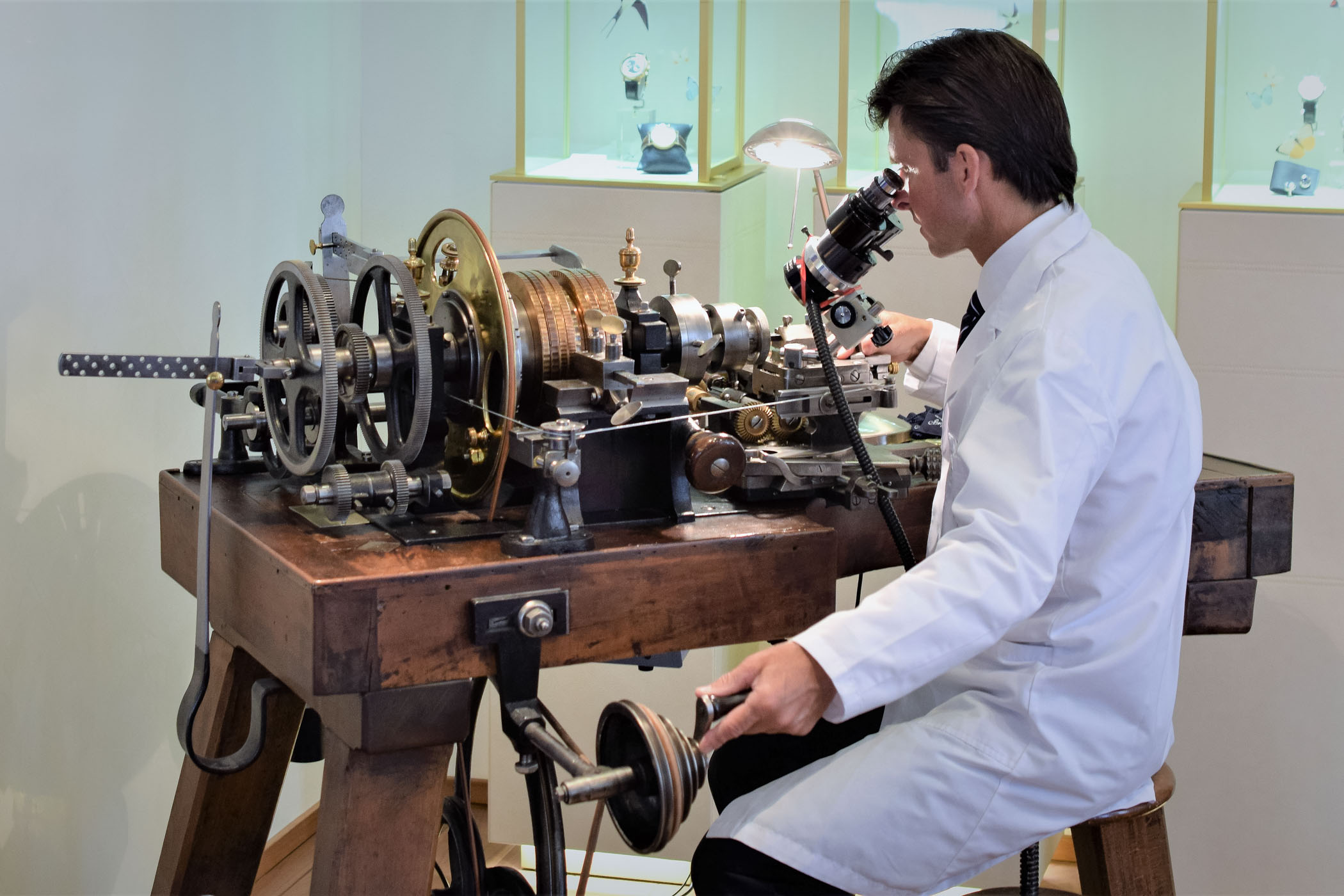 Breguet Guillochage Engine Turning technique in-depth - 3