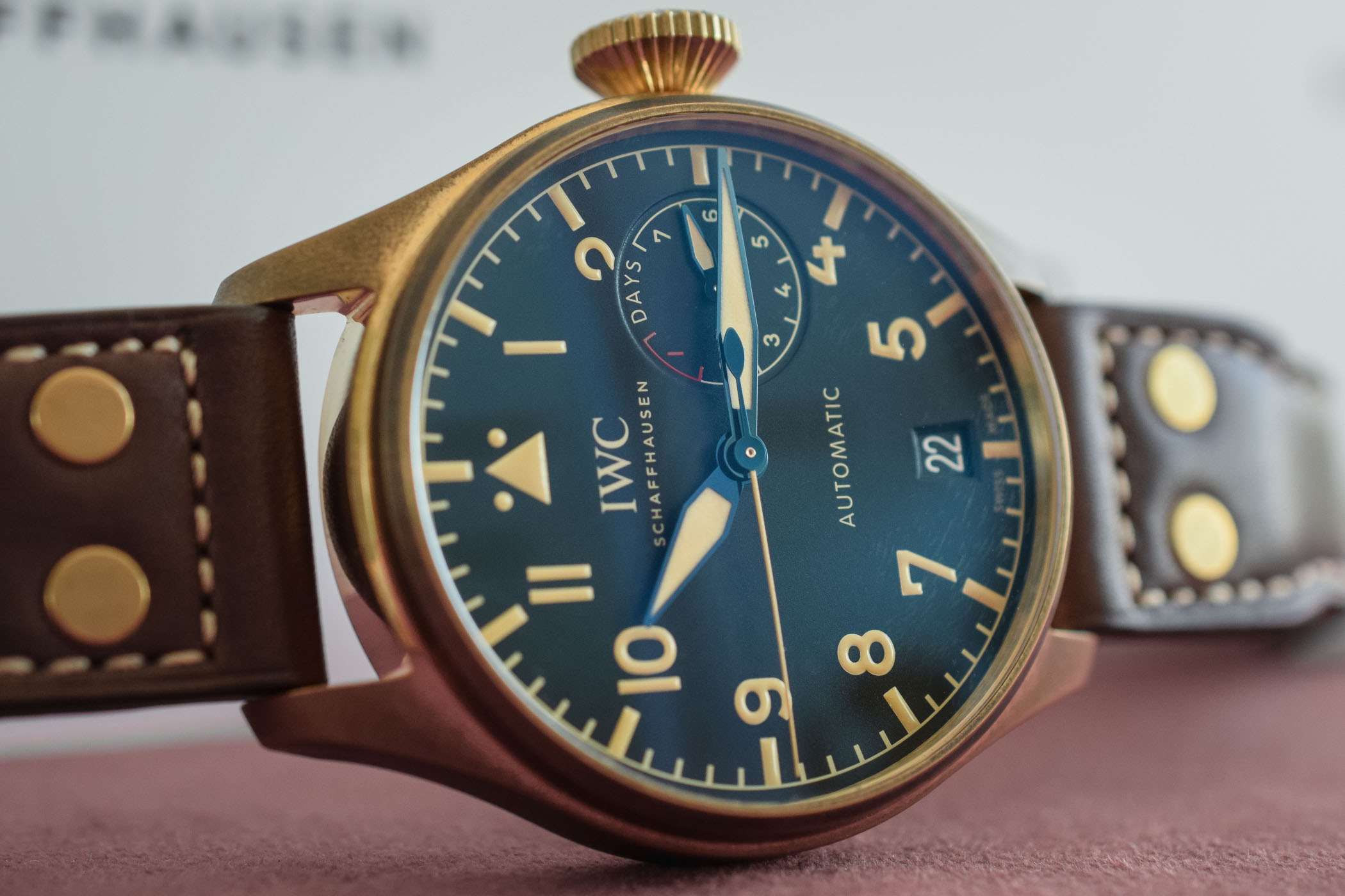 IWC Big Pilot's Watch Heritage Bronze IW501005