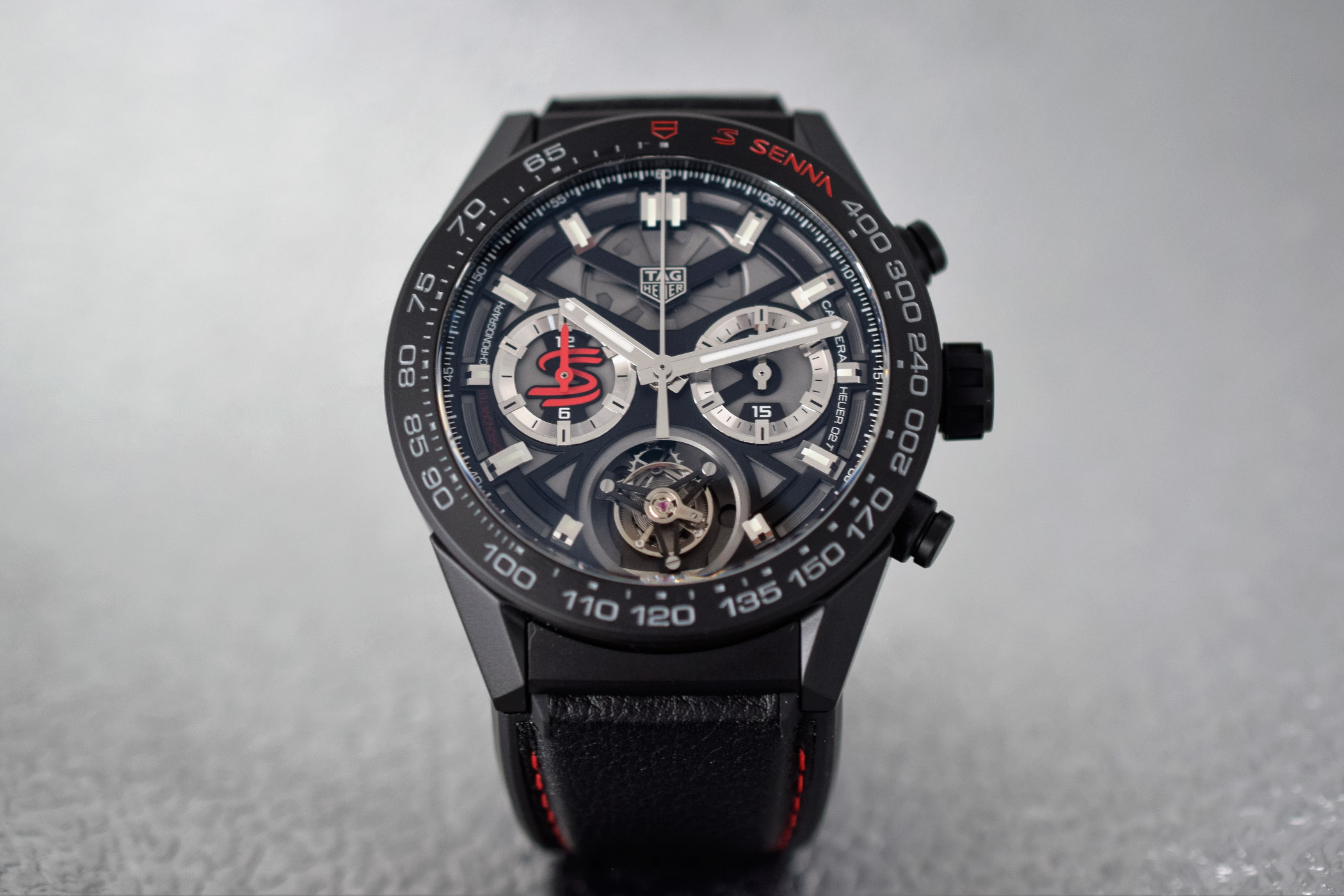 hands on with the 2018 tag heuer carrera senna editions heuer 02 and heuer 02t specs price. Black Bedroom Furniture Sets. Home Design Ideas